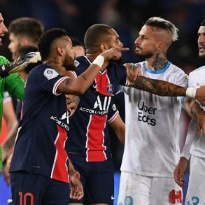 5 Players Sent Off After the Ligue 1 Clasico Got Heated