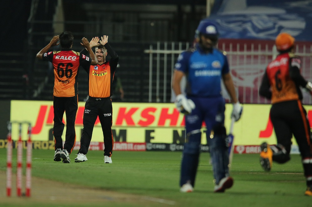 Sunrisers Hyderabad Hammer Mumbai Indians To Qualify For The Playoffs