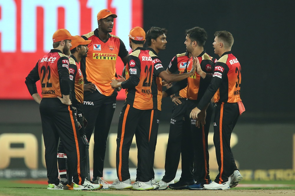 Sunrisers Hyderabad Destroy Royal Challengers Bangalore To Keep Playoffs Hope Alive