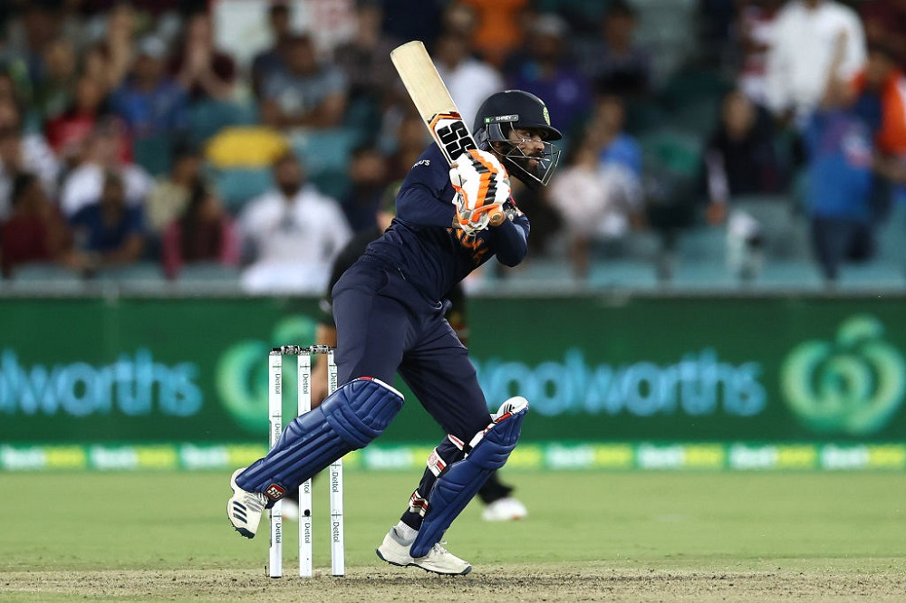 Ind Defeat Aus To Win 1st T20I As Jadeja And Chahal Shine