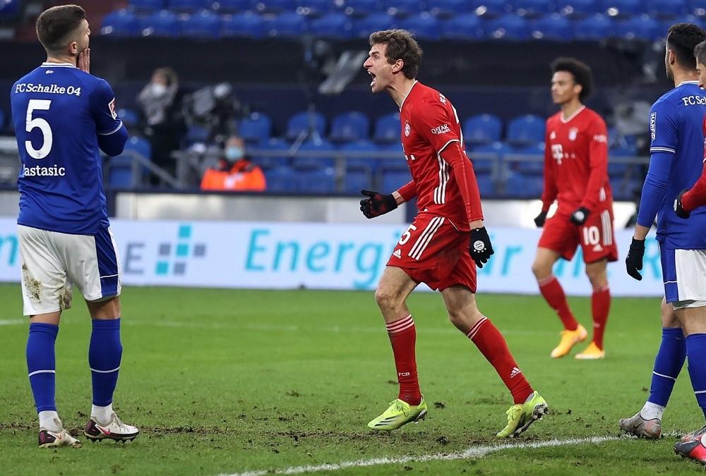 Bayern Munich Thrash Schalke To Extend Their Lead As League Leaders