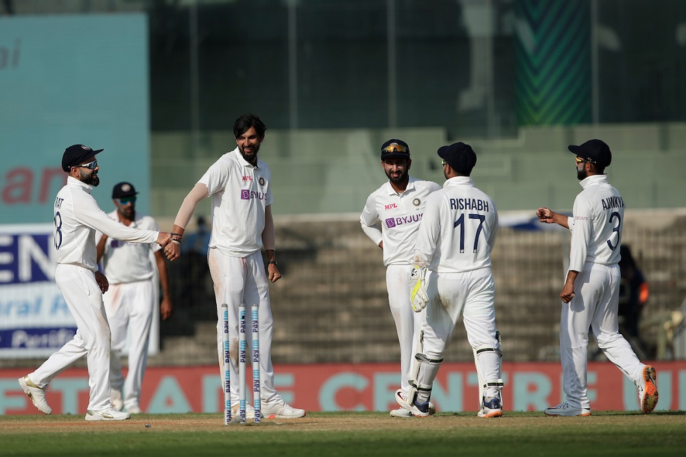 Joe Root Slams Double-Ton As ENG Continue Domination Over IND On Day 2 Of The 1st Test Match