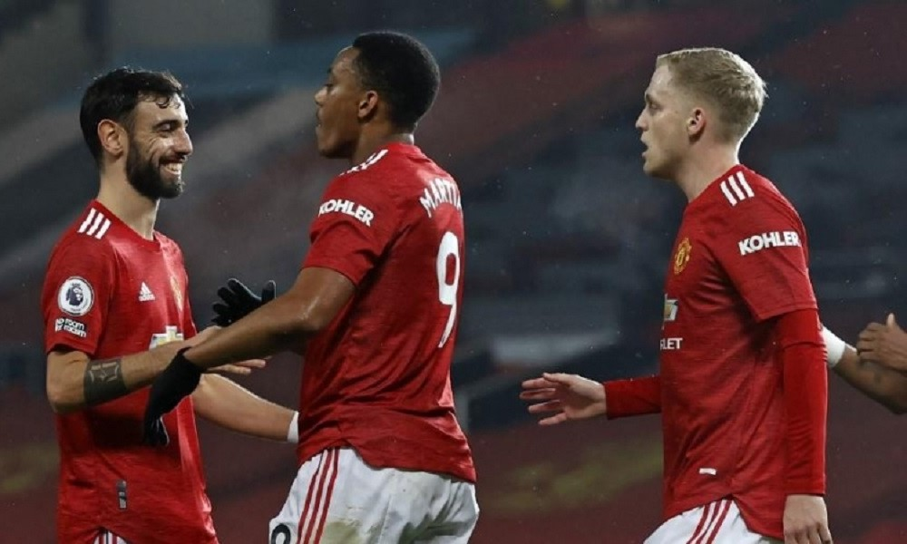 MUFC Humiliate SOT To Stay Alive In The Premier League Race
