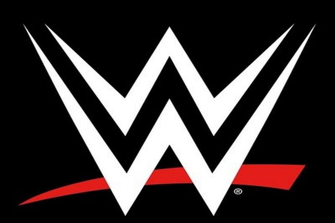 Popular WWE Wrestlers together in 2021
